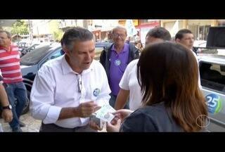 Rogério Cabral quer concluir obra de drenagem em bairro de Friburgo, RJ - Candidato conversou com eleitores sobre melhorias para o local.
