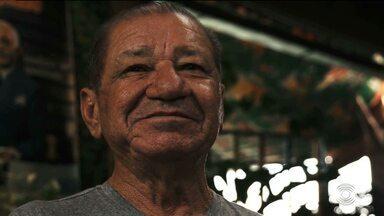 Poeta Zé Laurentino morre em Campina Grande - O poeta tinha 73 anos e estava internado há 15 dias.
