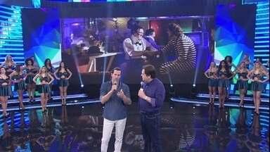Vladimir Brichta relembra como foi contracenar com o colega Domingos Montagner - O ator homenageia o colega no palco do Domingão