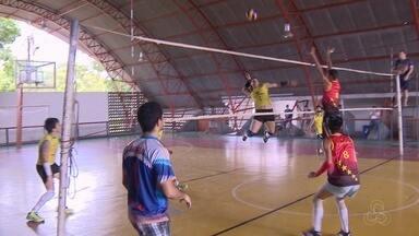 Torneio reúne amantes de vôlei, em Manaus - Competição levou nome de países.