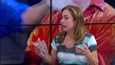 Atriz Cissa Guimarães encena o espetáculo 'Doidas e Santas' no Recife - A protagonista da peça, que aborda a relação de uma psicanalista em crise no casamento com o marido machista, é entrevistada no estúdio do NETV 1ª Edição.