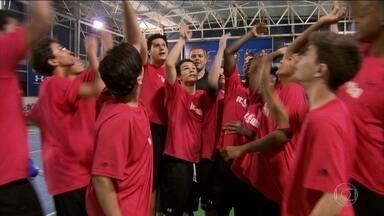 Saiba como o esporte pode ajudar no desenvolvimento de jovens - Confira o segundo episódio da série em homenagem ao dia das crianças.