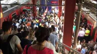 Trens circulam em única via na Linha-9 Esmeralda da CPTM - A CPTM disse que houve um problema técnico em um equipamento e que os trens rodaram em uma única via entre as estações Pinheiros e Osasco.