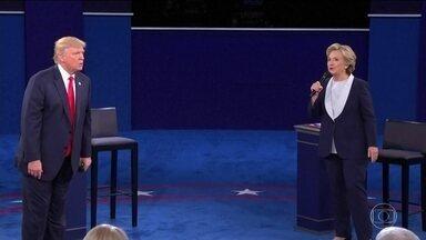 Hillary e Trump se preparam para o último debate antes da eleição - Os dois candidatos apostam todas as fichas. Tudo indica que, de novo, será um show de ataques pessoais.