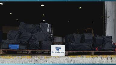 Alfândega apreende mais de 800 kg de cocaína no Porto de Santos - Droga foi achada nesta sexta-feira (21).