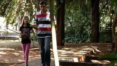 Eu sou o guia: venha junto com a Maia fazer um tour por Campo grande. - Eu sou o guia: venha junto com a Maia fazer um tour por Campo grande.