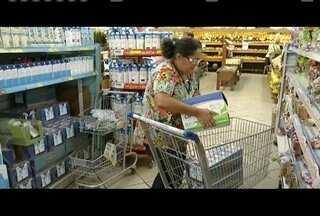 Preço do leite tem redução de quase 40% - Mais caro sai a R$2,69.