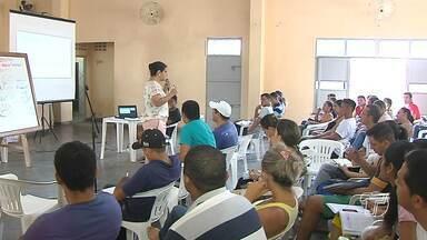 Aulão gratuito prepara candidatos para concurso público - Curso solidário é promovido pela Paróquia de Aparecida.