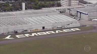 Embraer vai pagar mais de US$ 200 milhões de indenização por propina - A Embraer reconheceu que pagou propina para vender aviões no exterior e fechou um acordo para pagar o equivalente a R$ 600 milhões de indenização. O acordo foi fechado pela empresa com autoridades do Brasil e dos EUA.