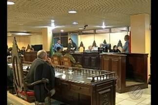 Julgamento de PMs acusados matar o pedreiro Rafael Viana chega ao segundo dia em Belém - 13 testemunhas já foram ouvidas e a expectativa é que hoje saia a sentença dos dois policiais militares, acusados de torturar e matar a vítima.