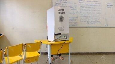 TRE atualiza informações em urnas eletrônicas para o segundo turno de Macapá - O Tribunal Regional Eleitoral do Amapá já está finalizando a atualização das informações nas urnas eletrônicas para o segundo turno. Serão 845 equipamentos usados no domingo em Macapá.