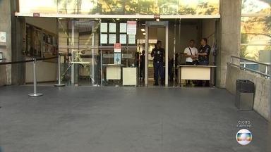 Homem é baleado em frente ao Fórum Lafayette, em Belo Horizonte - Segundo polícia, homem acompanhava um julgamento e foi baleado ao sair do prédio.