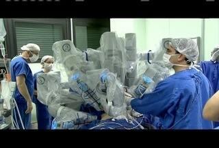 Um robô está sendo utilizado em procedimentos cirúrgicos em Belo Horizonte - Resutados, segundo os médicos, são muito positivos.