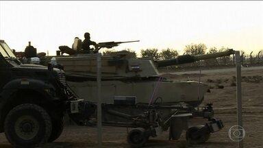 Tropas do Iraque invadem Mossul - Tropas especiais do exército iraquiano romperam a linha de defesa do Estado Islâmico e invadiram Mossul pela entrada Leste. Já há relatos de resistência feroz.