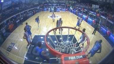 Brasília perde para o argentino Bahía Basket pela Liga Sul-Americana de Basquete - Placar final foi de 71 a 58 para o time da casa.