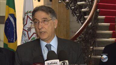 ALMG apresenta rito de denúncia contra Governador Fernando Pimentel - ALMG apresenta rito de denúncia contra Governador Fernando Pimentel
