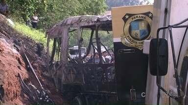 Depois de acidente que matou 20, nove sobreviventes seguem internados em Umuarama - É possível que alguns comecem a ter alta a partir de amanhã. Acidente foi há dois dias.