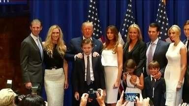 Família de Trump tem perfil completamente diferente da de Obama - Família Obama era quase desconhecida dos americanos. Já a família Trump está acostumada com os holofotes.