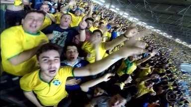Torcida faz a festa na vitória do Brasil em cima da Argentina no Mineirão - Seleção brasileira faz torcedores vibrarem muito com o 3 a 0