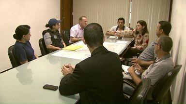 Guardas Municipais se reúnem com representantes do município - Discussão foi sobre o plano de cargos e salários.