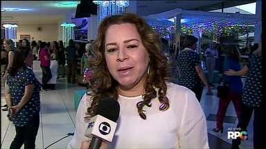 Congresso reúne mulheres, em Ponta Grossa - Evento segue até domingo, no Centro de Convenções do Avivamento. A entrada é gratuita.