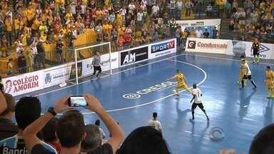 Assoeva não passa do empate com o Corinthians na briga por vaga na final da Liga - Time de Venâncio Aires agora viaja a São Paulo para a segunda partida das semifinais, no fim do mês. Só a vitória interessa à equipe de Malafaia.