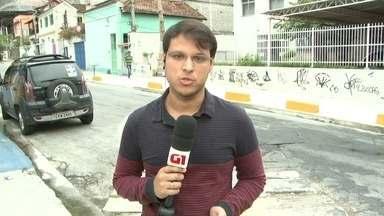 G1 no Bom Dia Rio: MP investiga denúncia de maus tratos em clínica psiquiátrica em Niterói - Os pacientes da clínica Alfredo Neves viviam amarrados em camas e bancos. Além disso, há relatos de pedidos de socorro e mortes por negligência.