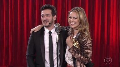 Paolla Oliveira recebe vários prêmios no Adnight - Gabriel Leone e Marcos Veras concorrem com a atriz