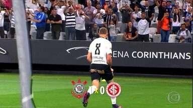 Corinthians vence o Internacional por 1 a 0 e deixa o rival muito próximo do rebaixamento - Corinthians vence o Internacional por 1 a 0 e deixa o rival muito próximo do rebaixamento