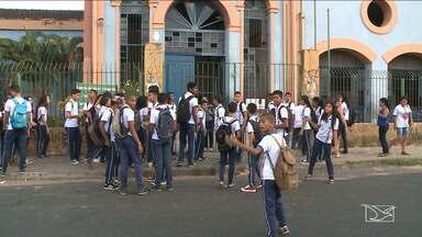 Alunos do Cintra retornam as aulas em São Luís, MA - Os estudantes retornaram as suas aulas na manhã desta terça-feira (22) após 40 dias de ocupação da escola.