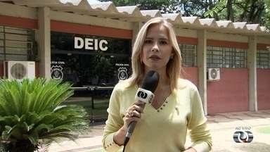 Quatorze presos fogem de cela da Delegacia de Investigações Criminais em Goiânia - Polícia Civil diz que apura se houve negligência por parte dos servidores.