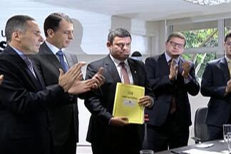 Prefeitura de Mogi das Cruzes entrega Plano Municipal de Segurança - Evento foi na tarde desta terça-feira (22).