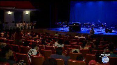 Orquestra Jovem de Teresina se apresenta no Theatro 4 de Setembro - Orquestra Jovem se apresenta no Theatro 4 de Setembro