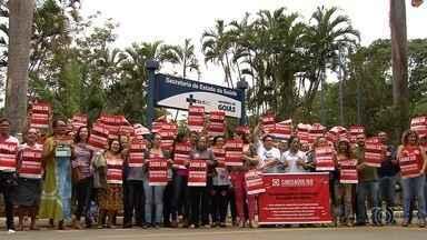 Servidores da Saúde em greve fazem protesto em Goiânia - Eles tentaram negociar com o secretário de Saúde da capital.