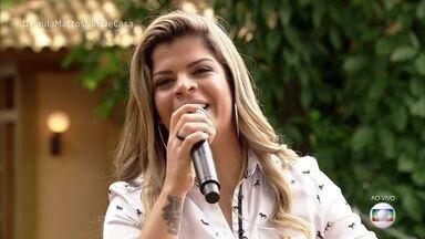 Paula Mattos canta o sucesso 'Que Sorte a Nossa' - Cantora anima a manhã no 'É de Casa'
