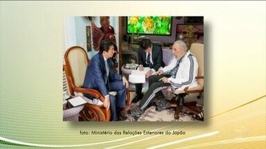 Primeiro-ministro japonês manda condolências ao povo cubano - Shinzo Abe enviou a mensagem de condolências assim que soube da morte de Fidel Castro. Os dois se encontraram há dois meses, em Havana, quando Abe perdoou dívidas de Cuba com o Japão e ofereceu ajuda na área médica.