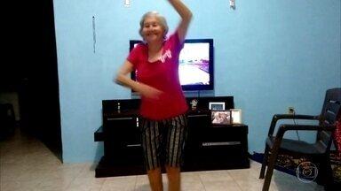 Agora é a vez da terceira idade enviar vídeos dançando para o site do Domingão - Confira os vídeos enviados de todo o Brasil