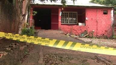 Corpo de homem é encontrado dentro de casa no Morenitas II - Francisco Tormes, de 34 anos foi morto à tiros.