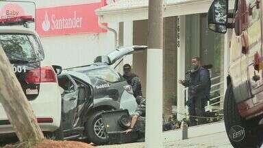 Ladrões tentam explodir caixa eletrônico de agência no Jardim Santa Cândida, em Campinas - Ação aconteceu na madrugada dessa segunda-feira (28). Um cliente percebeu o explosivo quando foi fazer um saque e chamou a polícia.