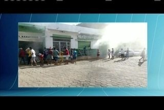 Bombeiros atendem a incêndio em supermercado em Padre Paraíso - Ninguém se feriu.