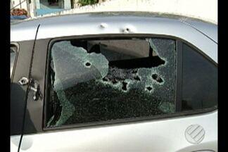 Família que teve carro baleado vai acionar a Justiça - Policiais suspeitos de atirar no veículo podem responder por tentativa de homicídio.