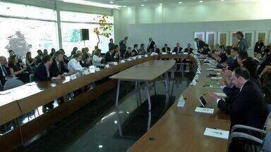 Governadores do Centro-Oeste discutem estratégias para reduzir despesas - Governadores do Centro-Oeste discutem estratégias para reduzir despesas