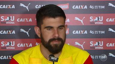 Goleiro do Vitória fala sobre jogo decisivo contra o Palmeiras - Confira as notícias do rubro-negro baiano.