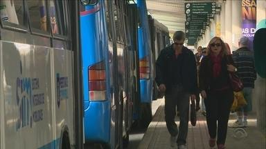 Após reunião, cartão social volta a ser aceito no transporte público de Florianópolis - Após reunião, cartão social volta a ser aceito no transporte público de Florianópolis