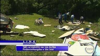 Três acidentes complicaram a Dutra na manhã desta terça em São José - Batida em Pinda terminou em morte.