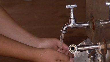 Escolas públicas sofrem com falta de água em Aparecida de Goiânia - Saneago prometeu resolver o problema, mas ainda o fez.