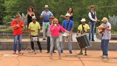 Samba criado por cuiabanos homenageia Corrida de Reis - Samba criado por cuiabanos homenageia Corrida de Reis.