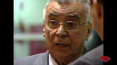 Políticos do ES lamentam morte do ex-governador Elcio Alvares - Ele estava internado desde o dia 24 de agosto, com insuficiência renal.Velório será na Assembleia Legislativa, neste sábado (10).