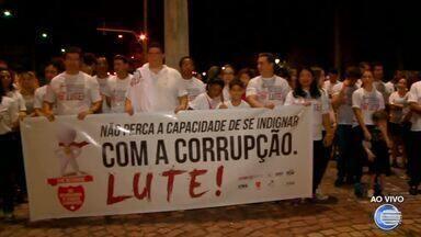 Órgãos de controle e fiscalização realizam ato contra corrupção - Órgãos de controle e fiscalização realizam ato contra corrupção