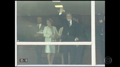 Ex-presidente Lula, a mulher dele e o ex-ministro Antonio Palocci são indiciados pela PF - Foram dois inquéritos que envolvem pagamento de propina pela construtora Odebrecht.